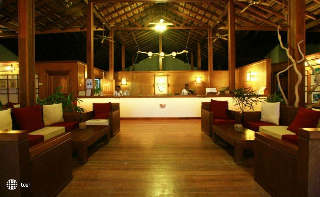 Reethi Beach Resort 4