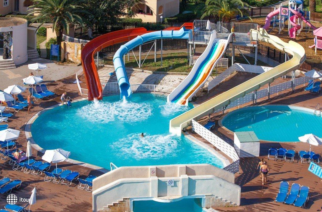 Aquis Sandy Beach Resort 5