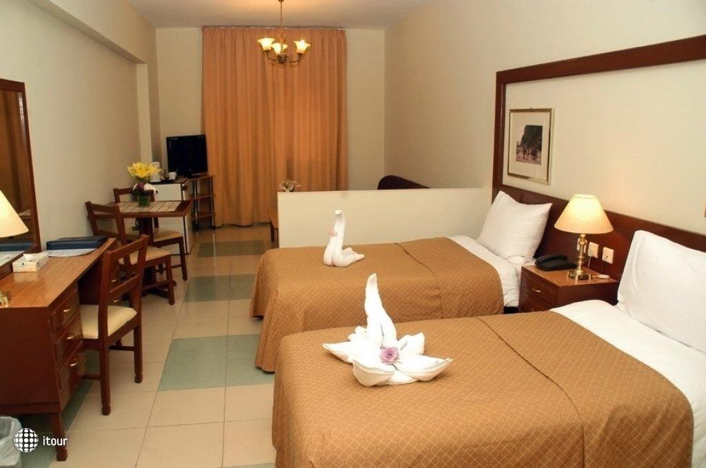 Aqua Vista Hotel & Suites 1