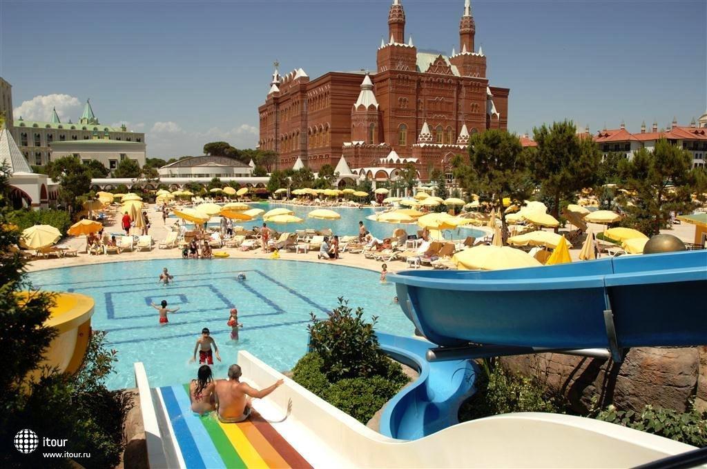 Wow Kremlin Palace 7