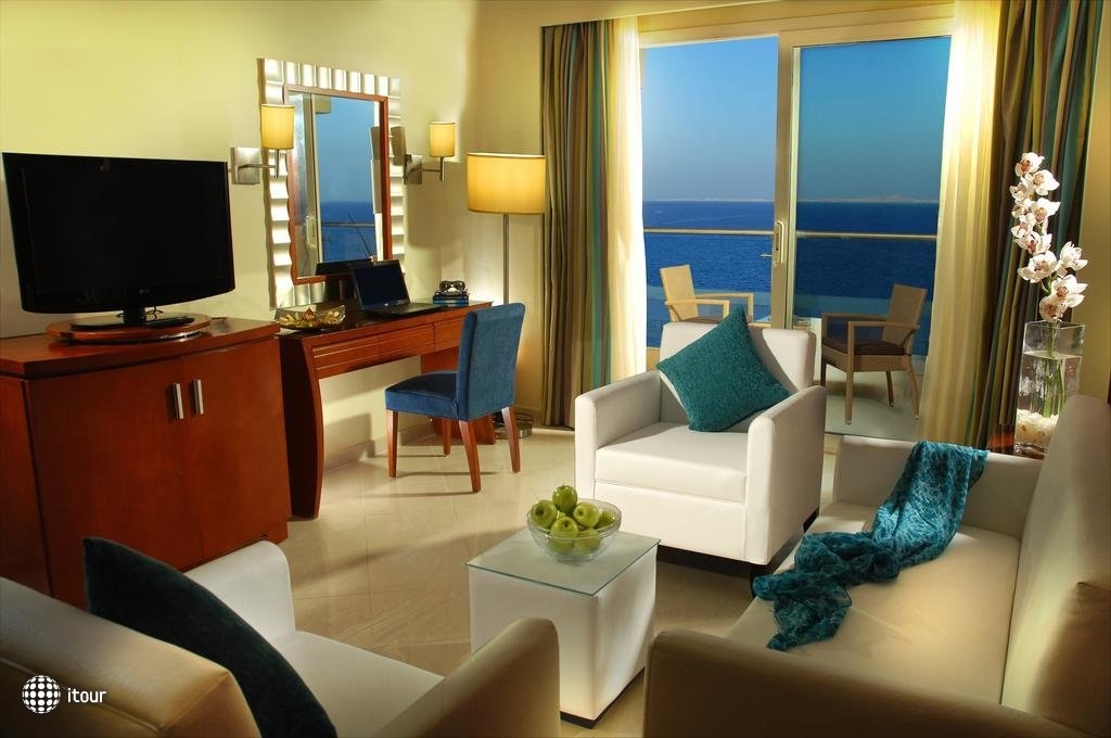Xperience Sea Breeze Resort 8