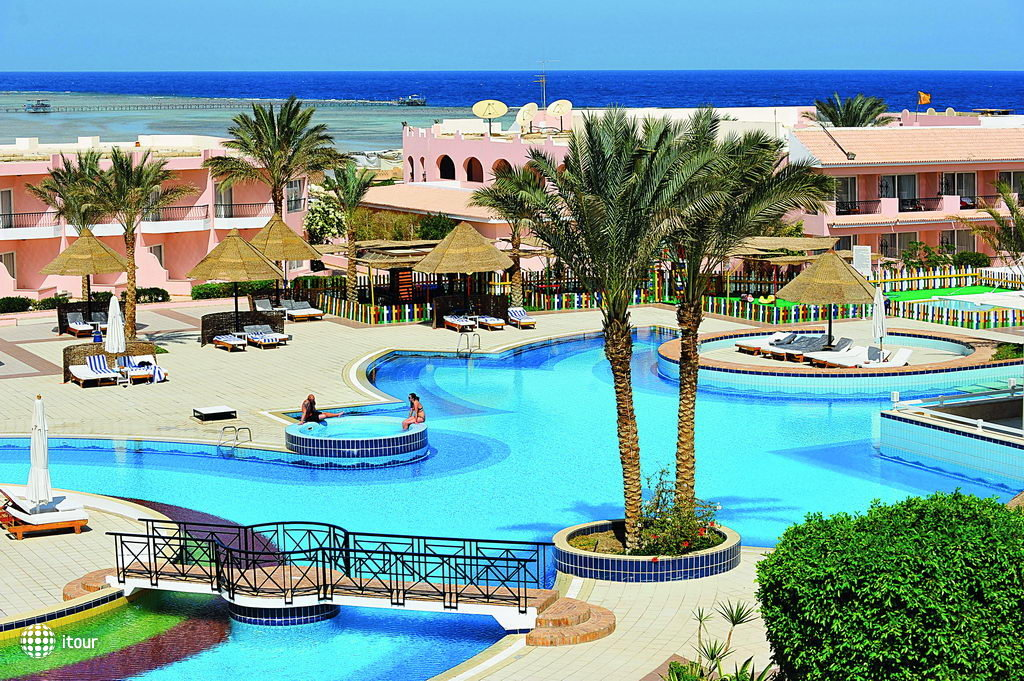 Dessole Alexander The Great Resort (ex. Cataract Resort Marsa Alam) 1