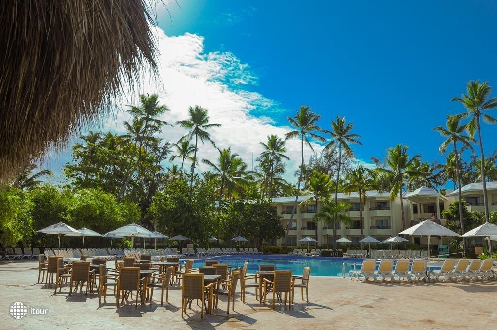 Impressive Resort & Spa 3