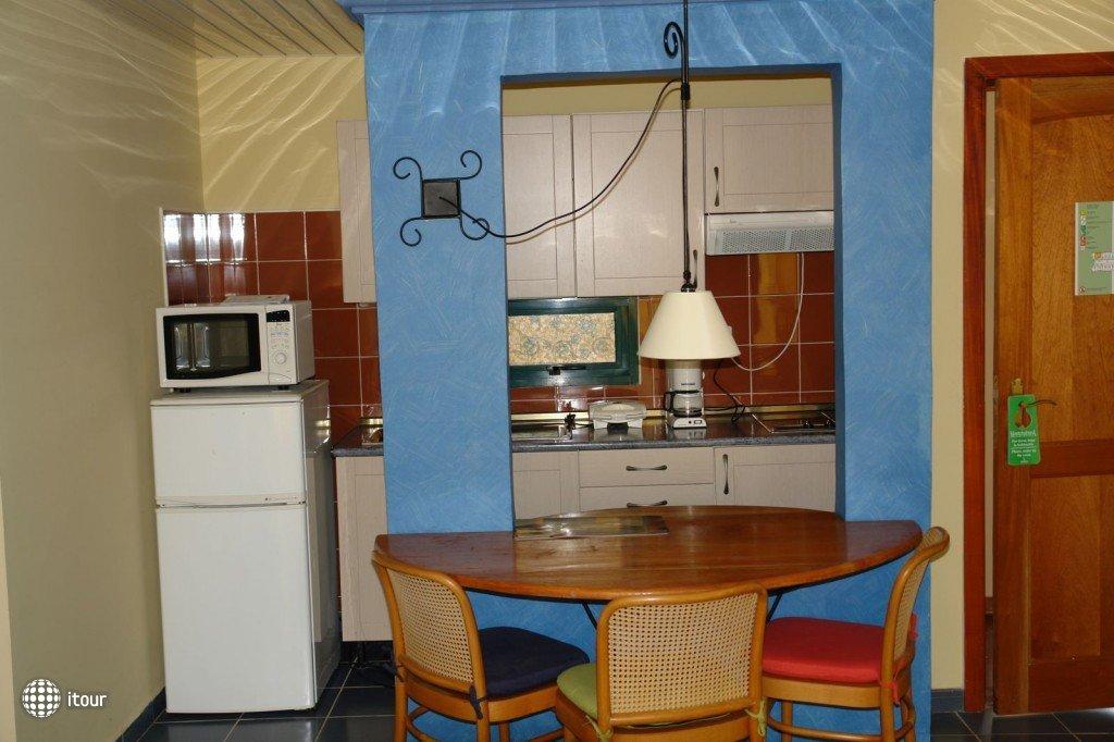 Aparthotel Montehabana 4