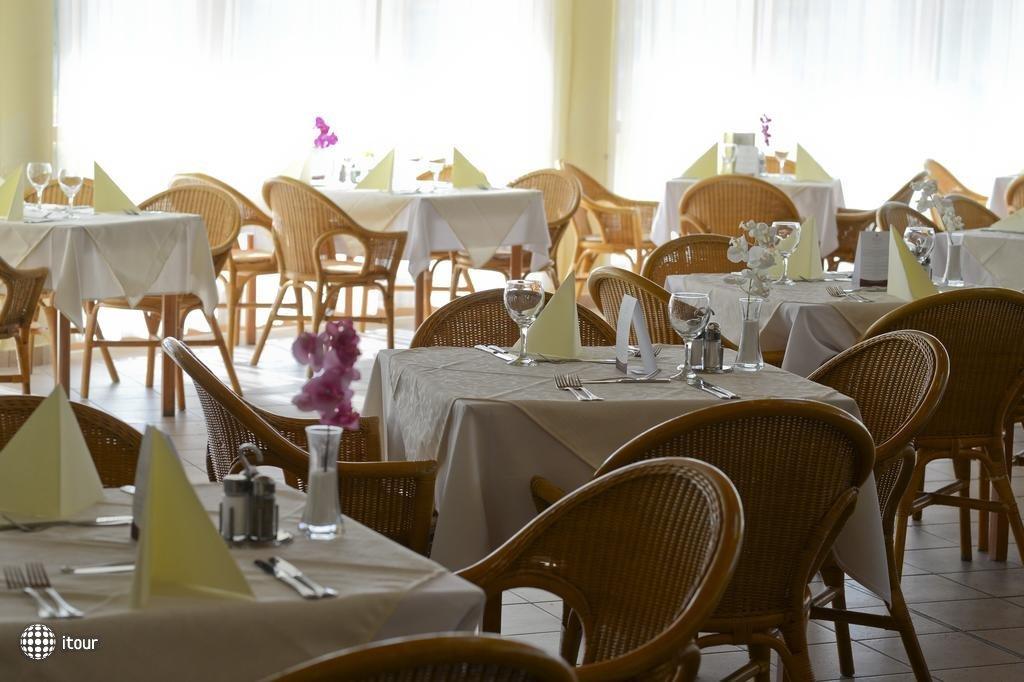 Hunguest Hotel Pelion 8