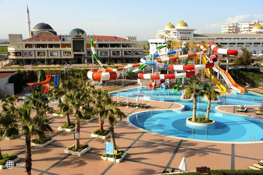 Sherwood Breezes Resort 8
