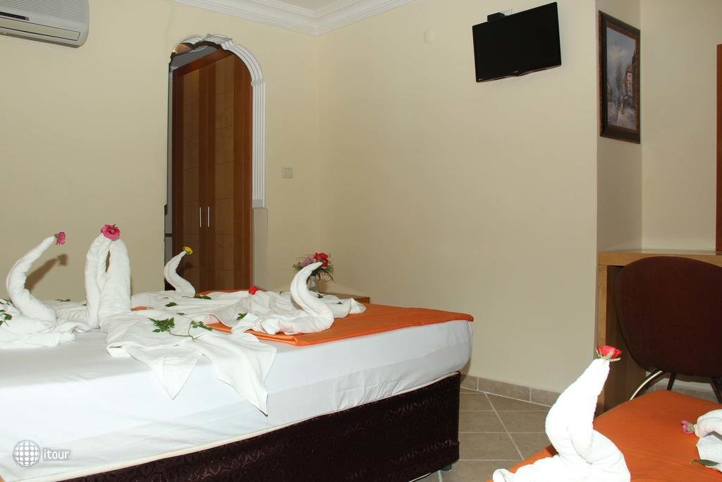 Side Temple Hotel 2
