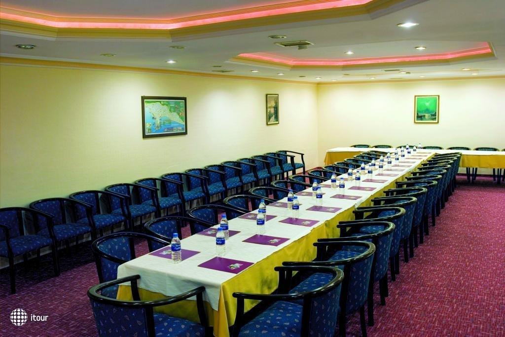 Xeno Hotel  Sonas Alpina 5