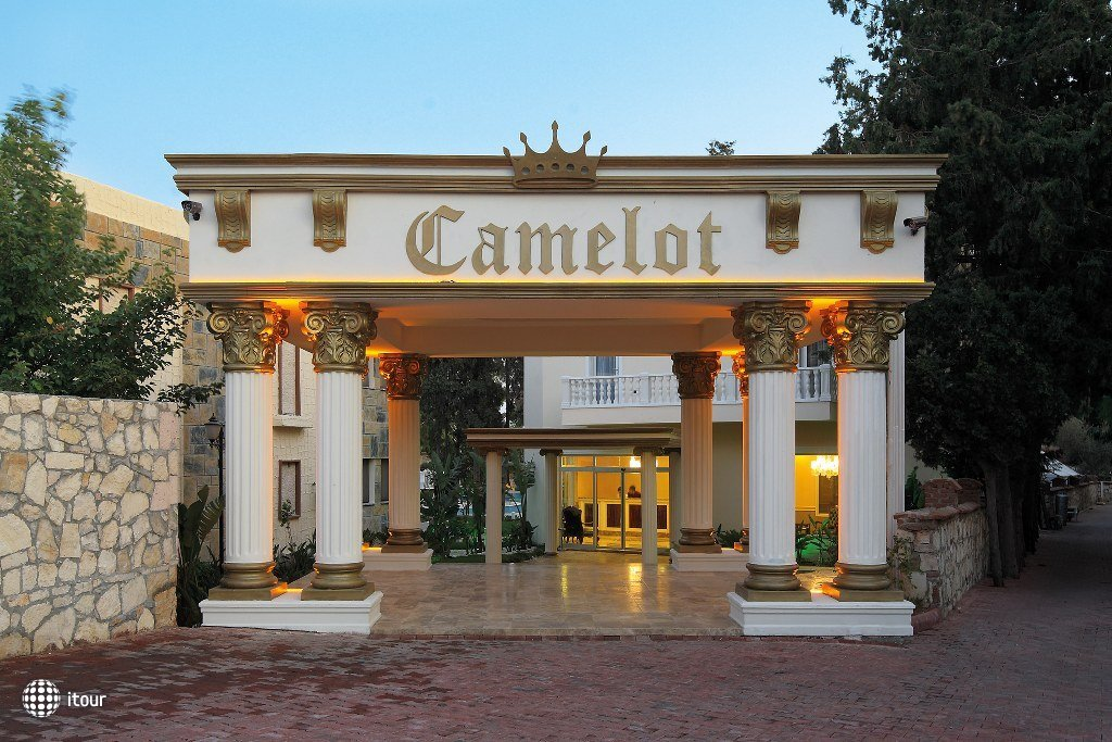 Camelot Boutique & Beach 1