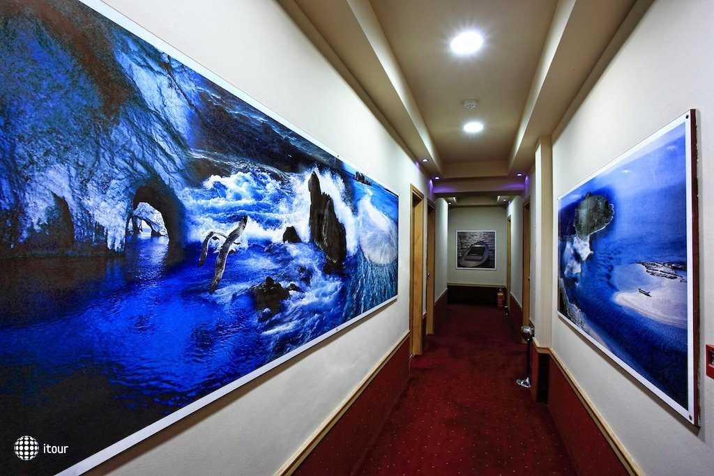 Kastro Hotel 4