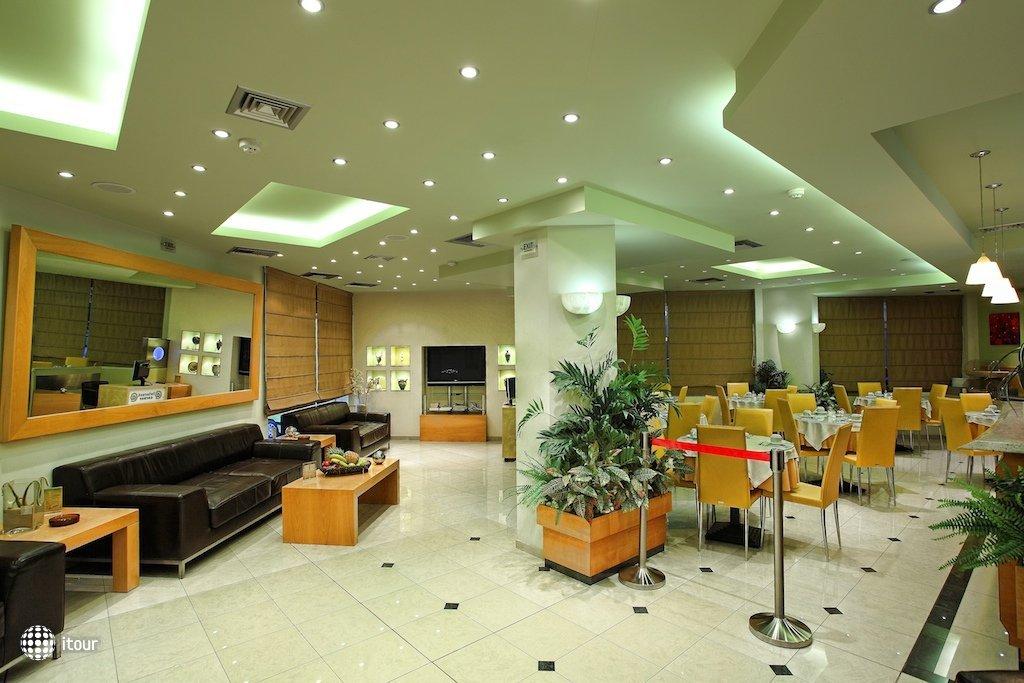 Kastro Hotel 8