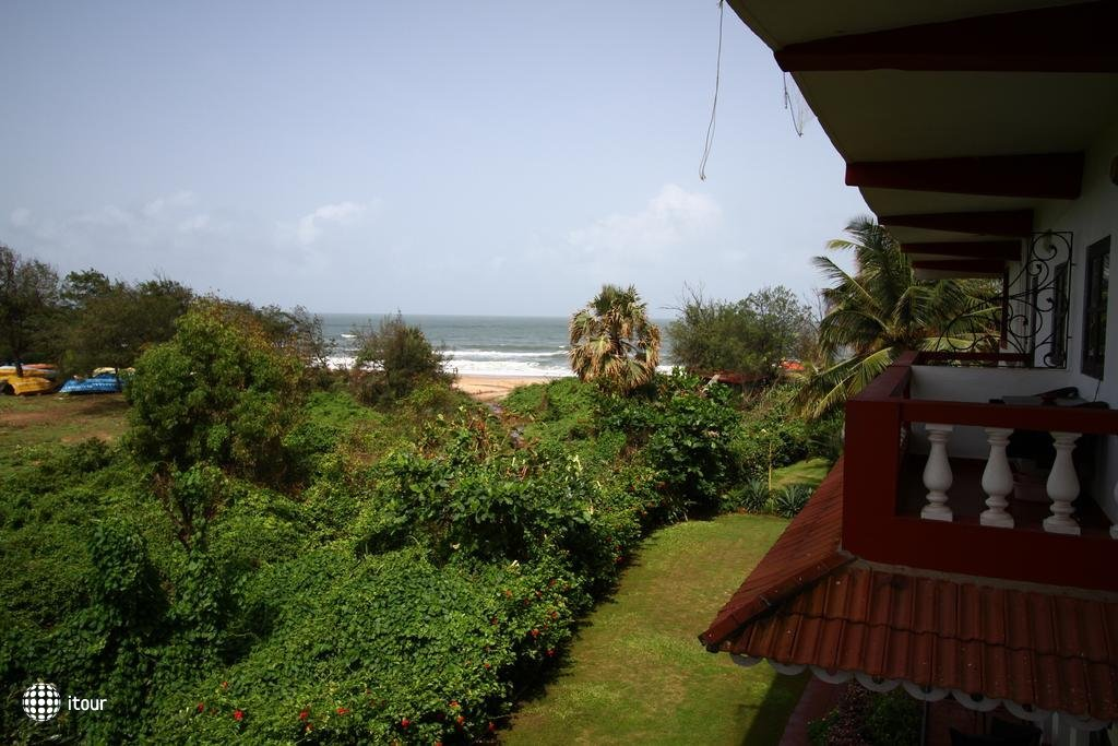 Chalston Beach Resort 4