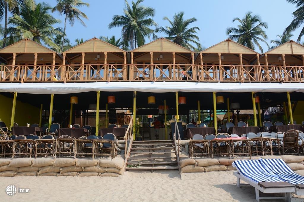 Neptune Point Beach Resort 2