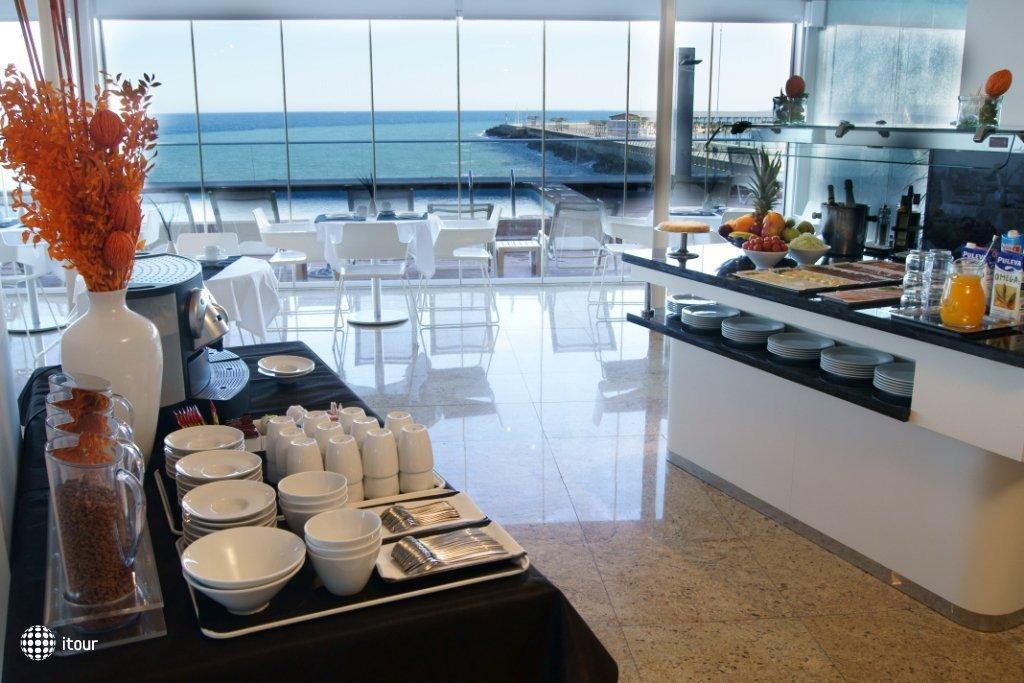 Suites Del Mar 10
