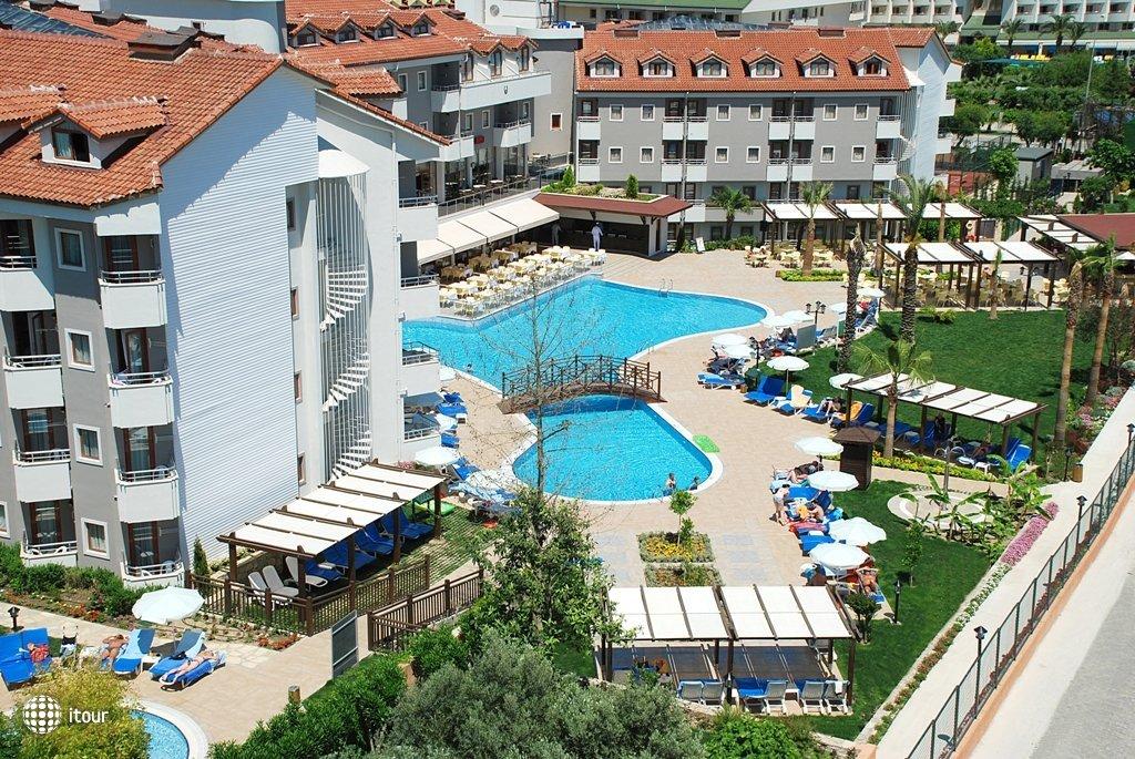 Monachus Hotel Park & Spa 1
