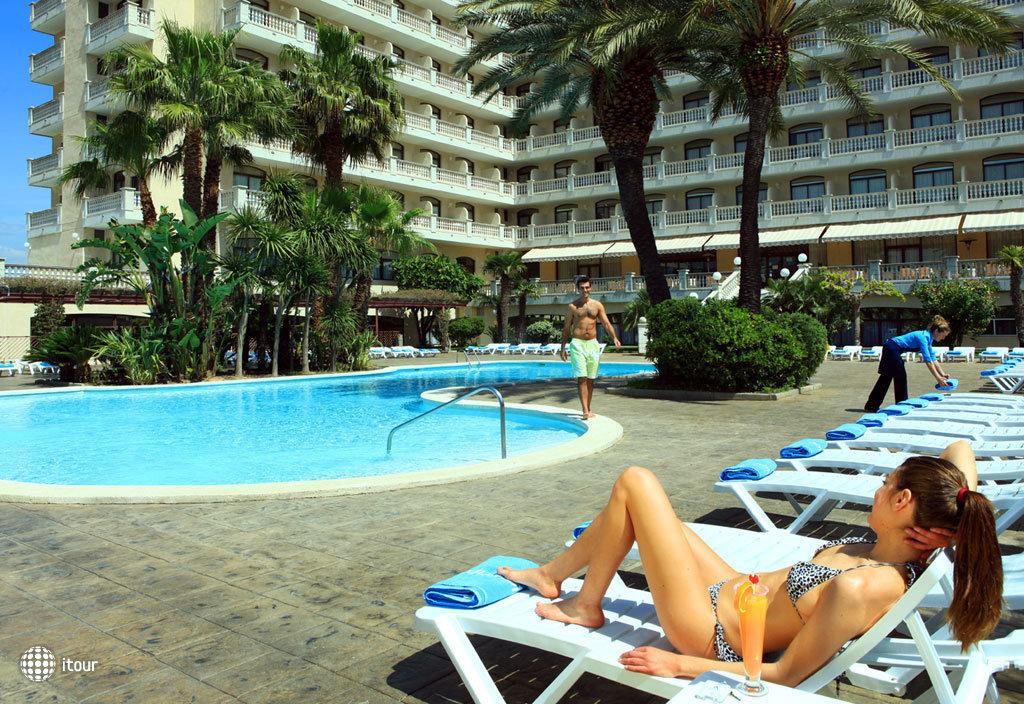 Aqua Hotel Bella Playa 4