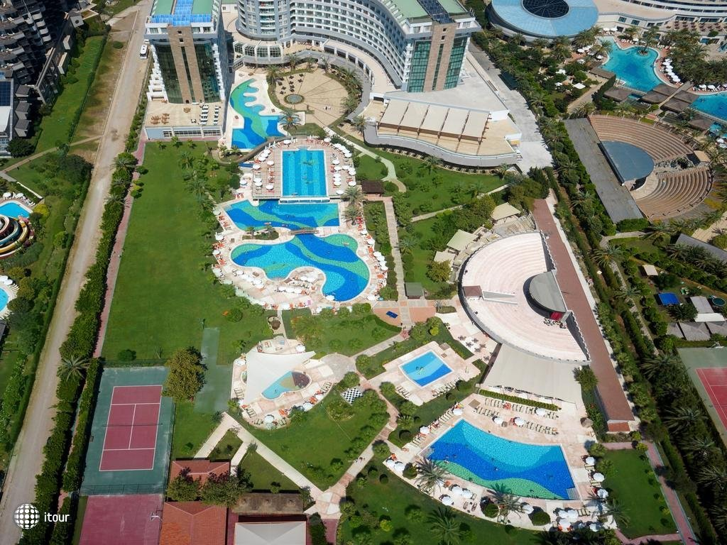 Sherwood Breezes Resort 5