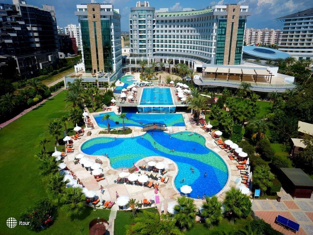 Sherwood Breezes Resort 1