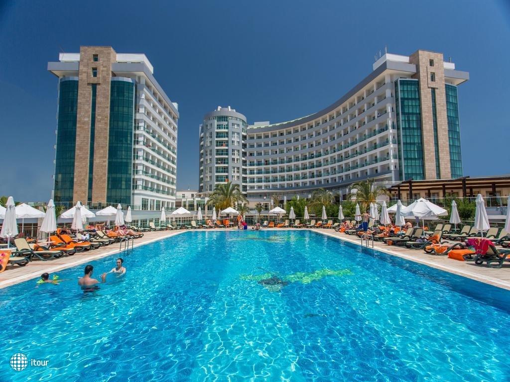 Sherwood Breezes Resort 3