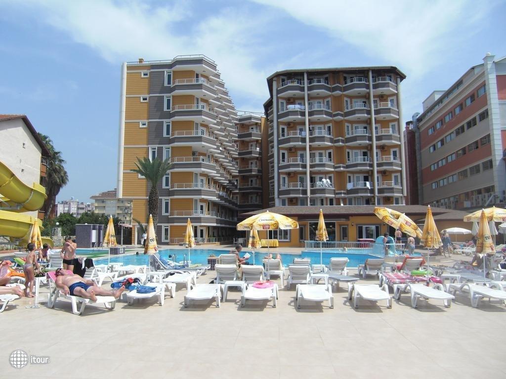Inova Beach Hotel (ex. Liberty Hotel) 4
