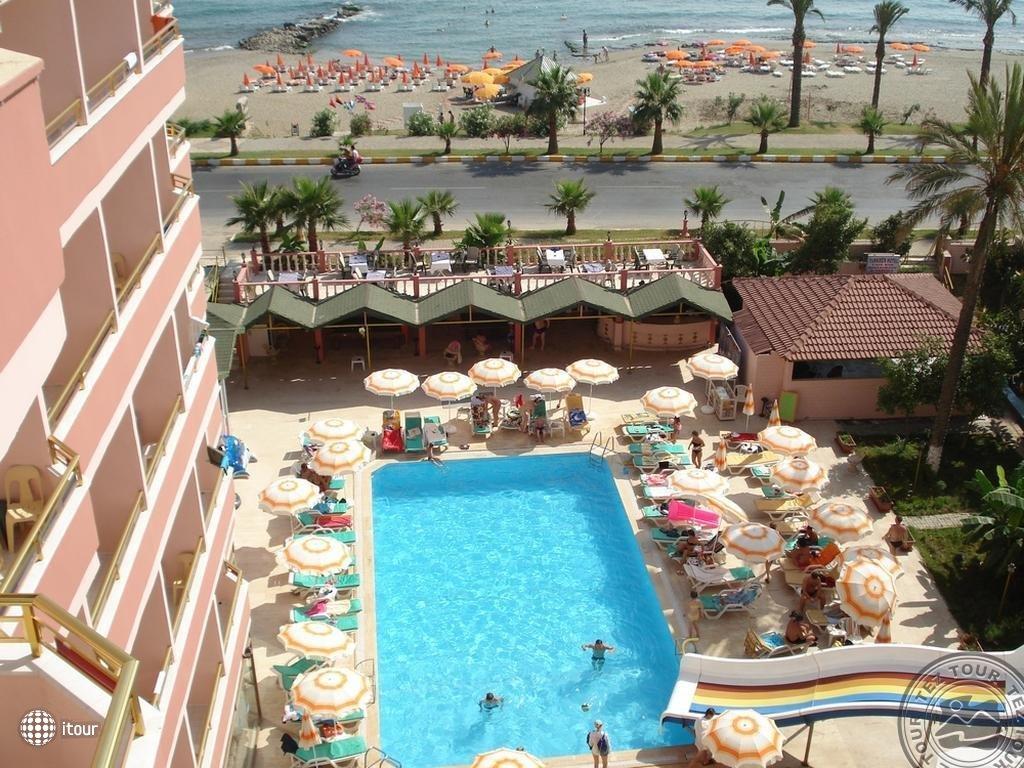 Grand Bayar Beach Hotel (ex. Turkmen Hotel) 1