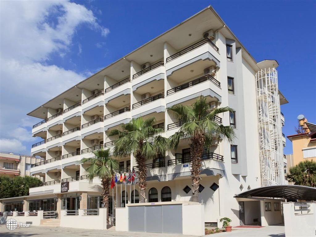 Xperia Kandelor Hotel 1