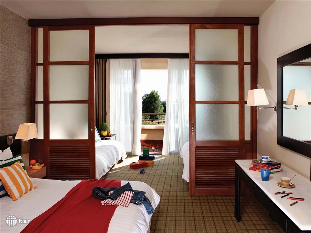 Апарт отель в остров Порто-Каррас