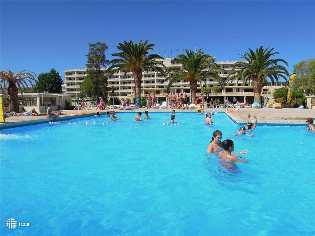 Messonghi Beach Hotel 7