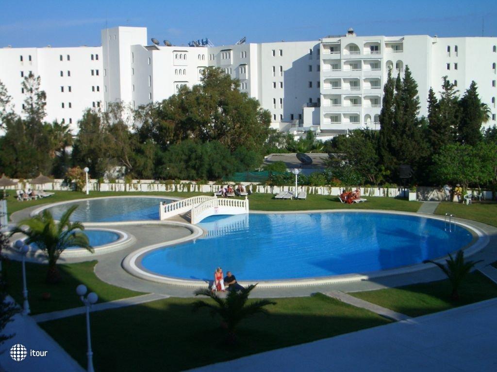 Le Zenith Hotel 2