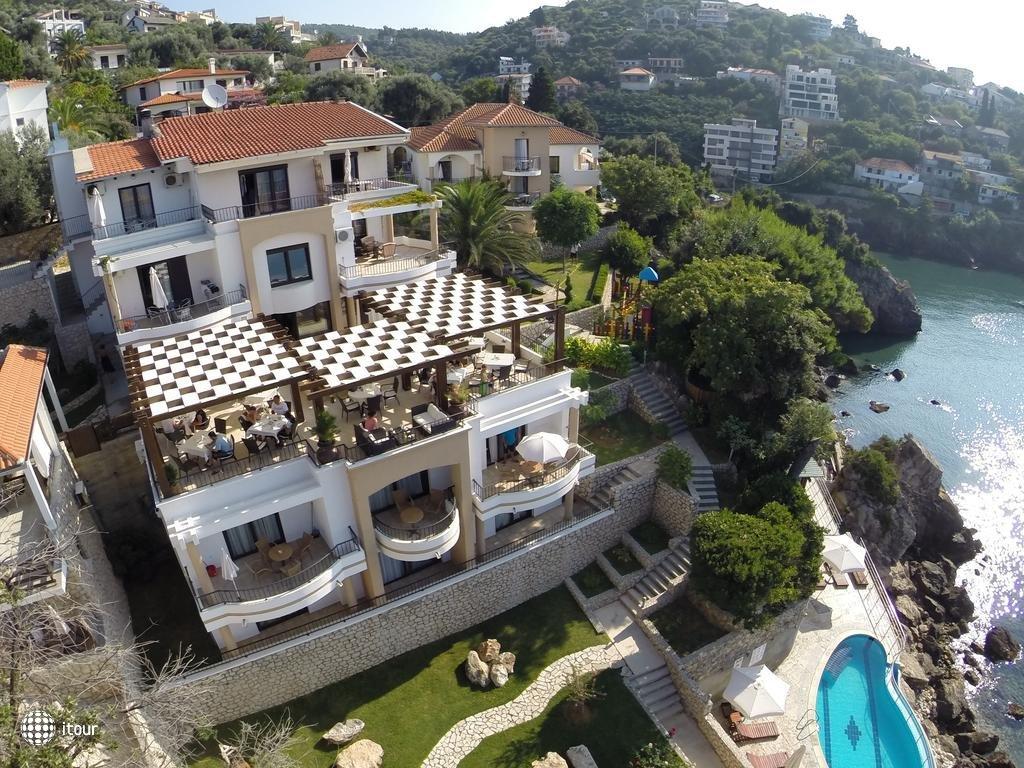 Eneida Villa 1