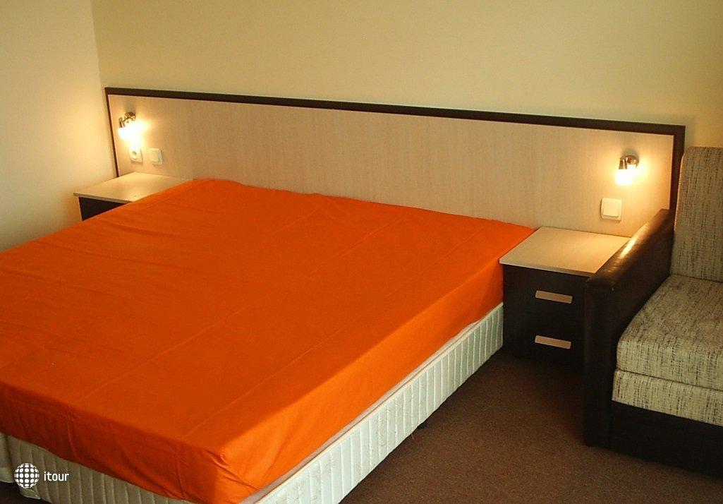 Julia Hotel 7