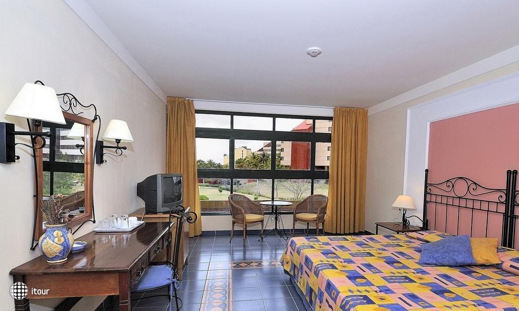 Aparthotel Montehabana 3