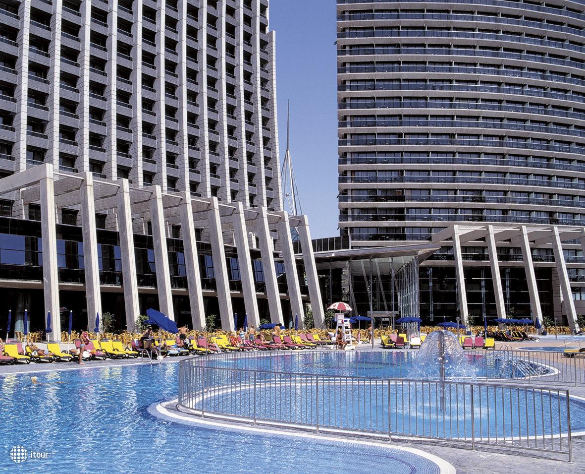 Gran Hotel Bali 4