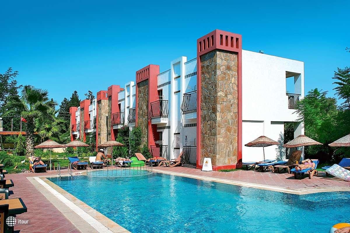 Kriss Hotel 7