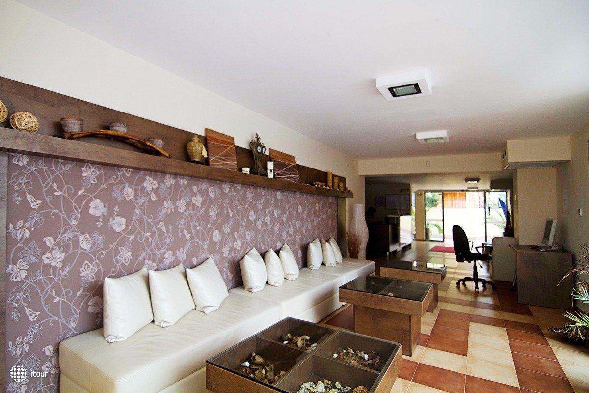 Tropics Hotel 10