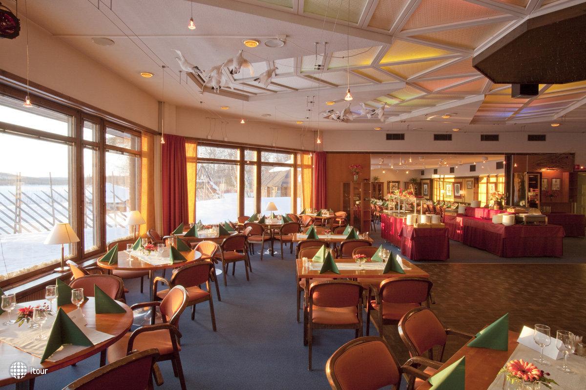 Hotel Ivalo 4