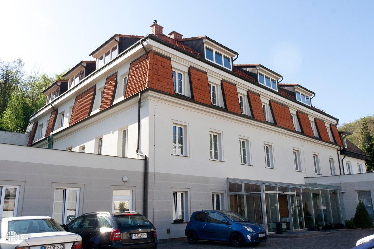 Popelka Hotel 10