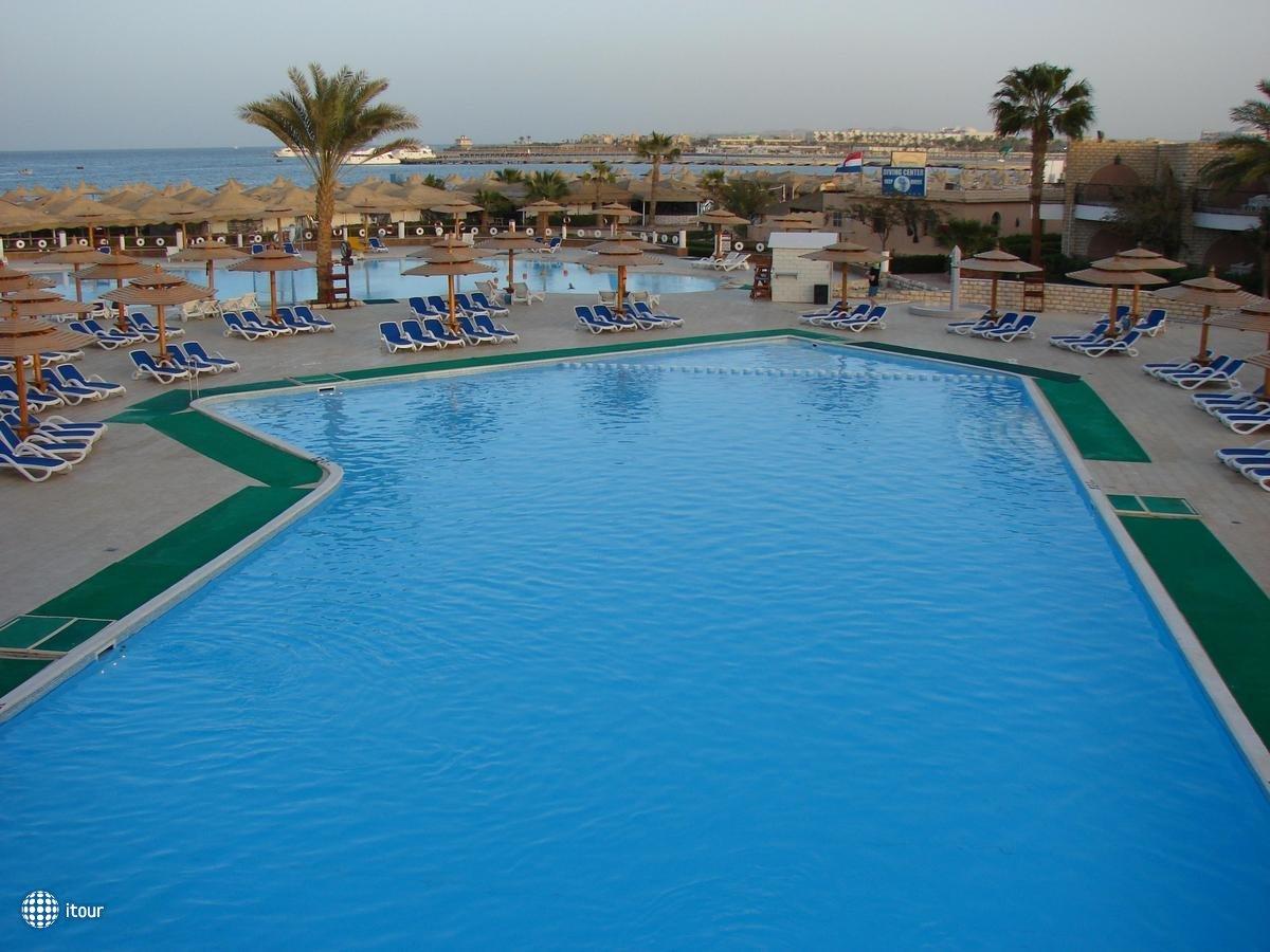 Dessole Aladdin Beach Resort 40
