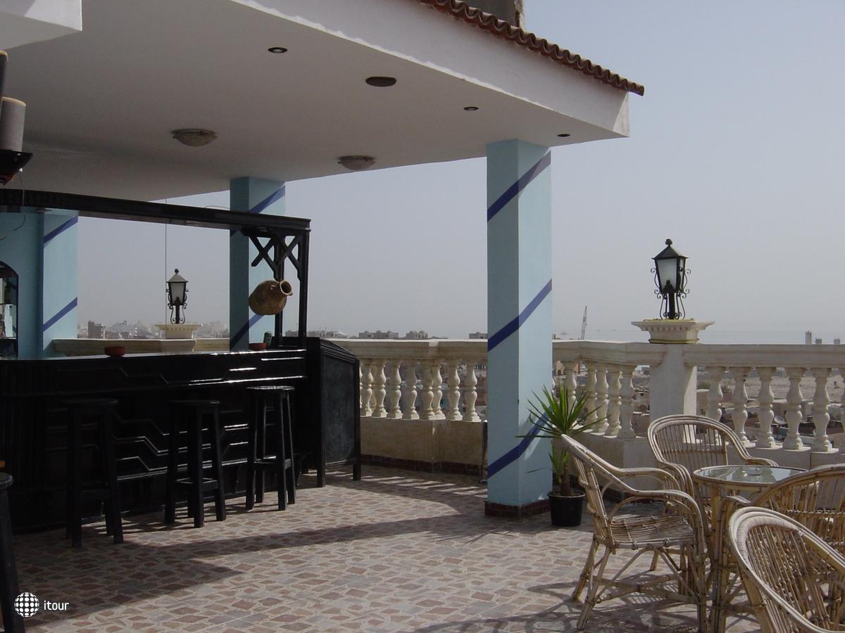 Golf Hotel 2