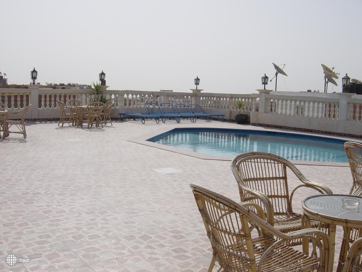 Golf Hotel 6