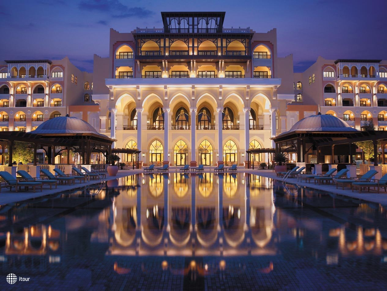 Shangri-la Hotel Qaryat Al Beri 1