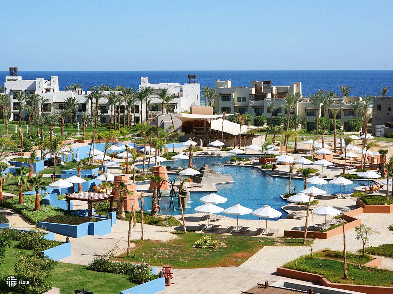 Port Ghalib Resort (ex. Crowne Plaza Sahara Oasis Port Ghalib Resort) 1