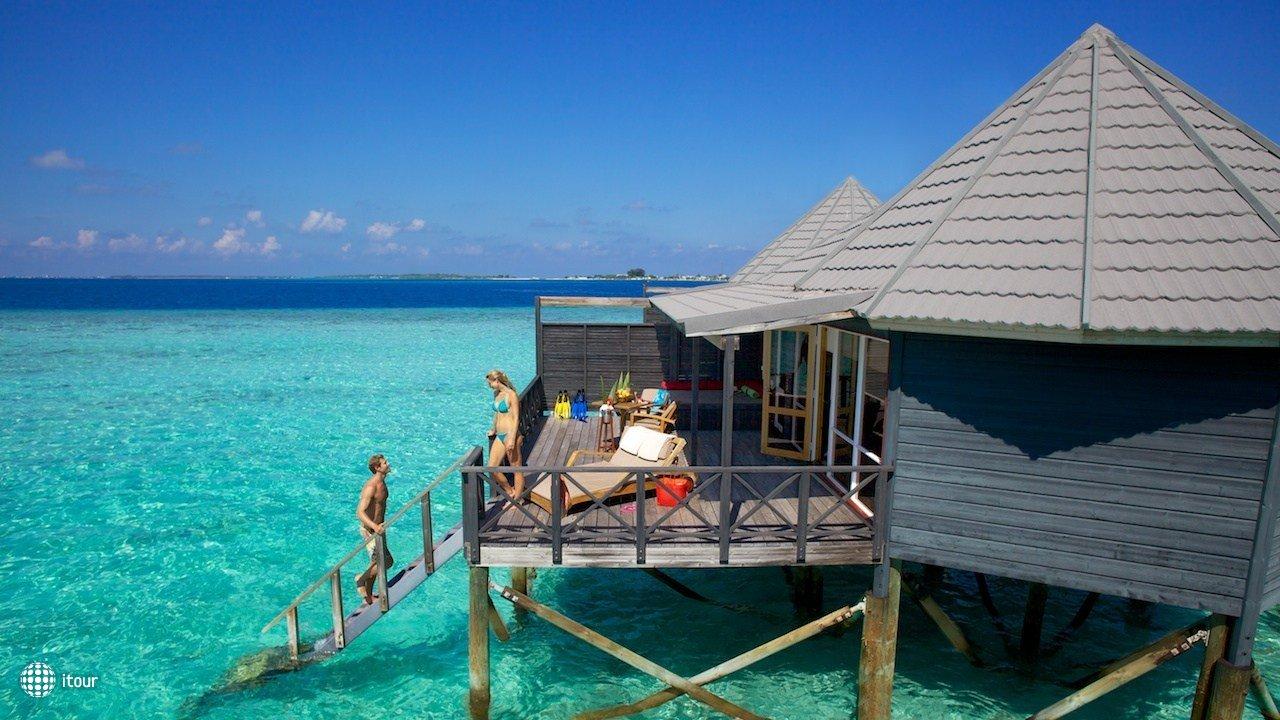 Komandoo Island Resort 8