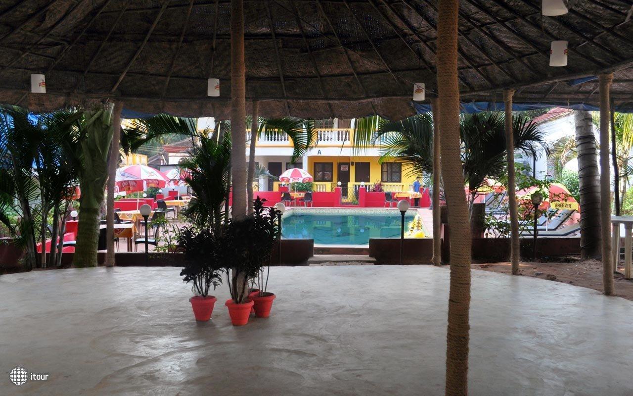 Royal Mirage Beach Resort 3