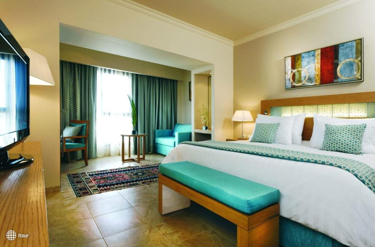 Moevenpick Resort Soma Bay 4