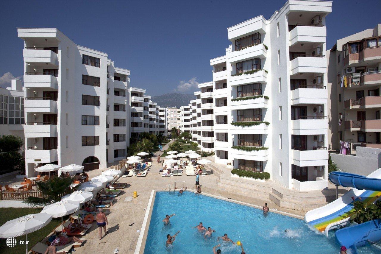 Xeno Hotel Club Mare  1