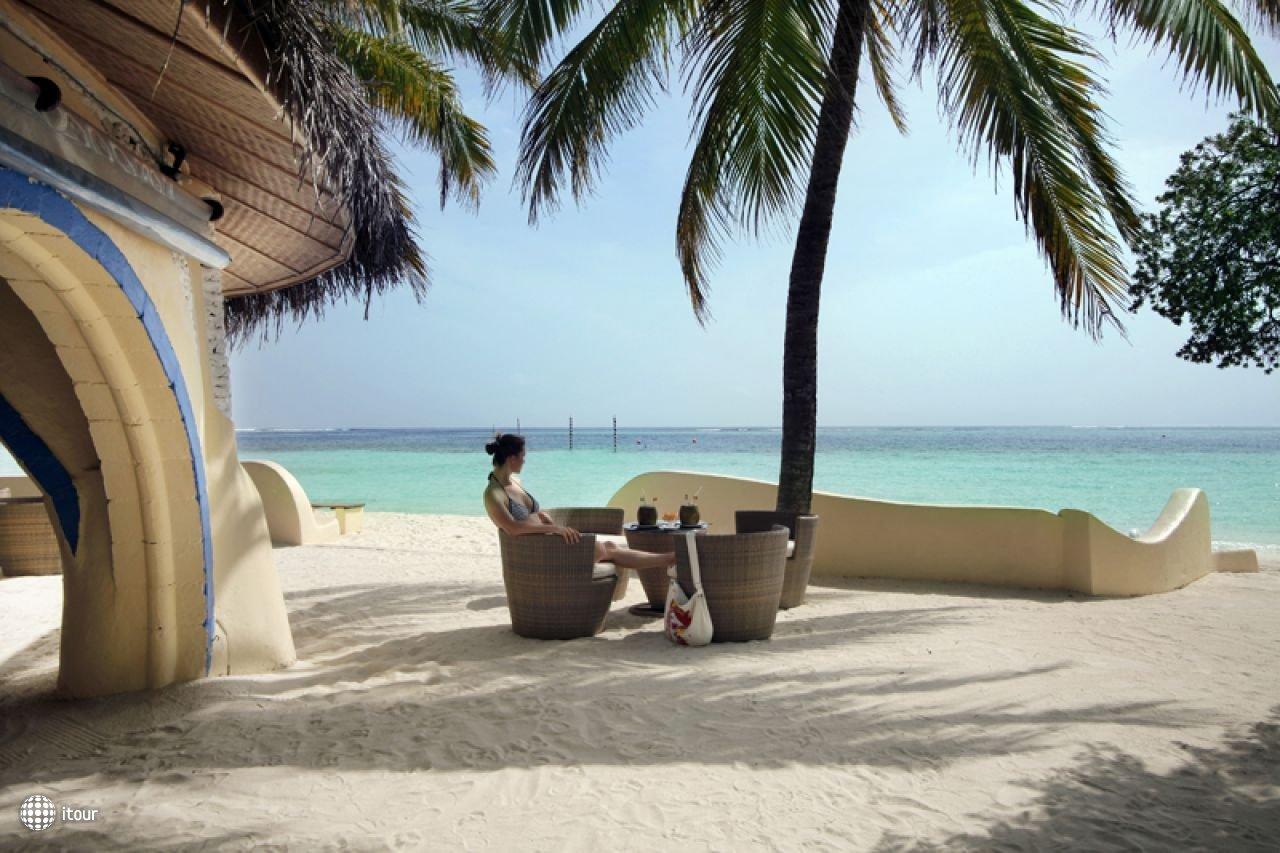 Nika Island Resort 9