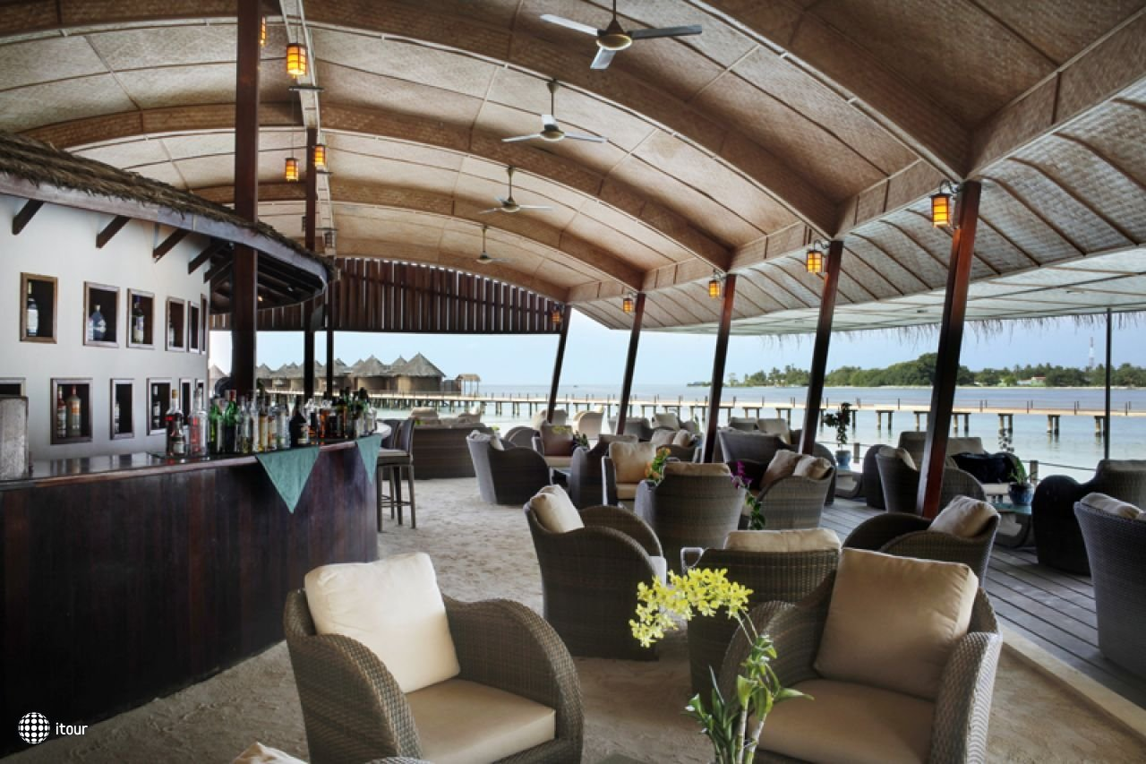 Nika Island Resort 29