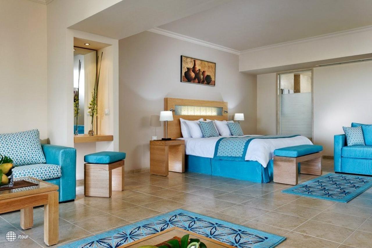 Moevenpick Resort Soma Bay 6