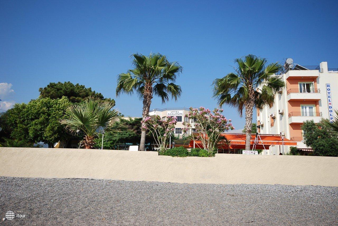 Malhun Hotel 8